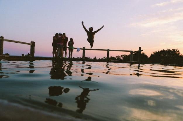 Jumping Sunset 426 19r314870 (1)
